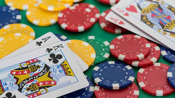 Advantages Of Enjoying Poker Online With No Deposit Poker - Playing
