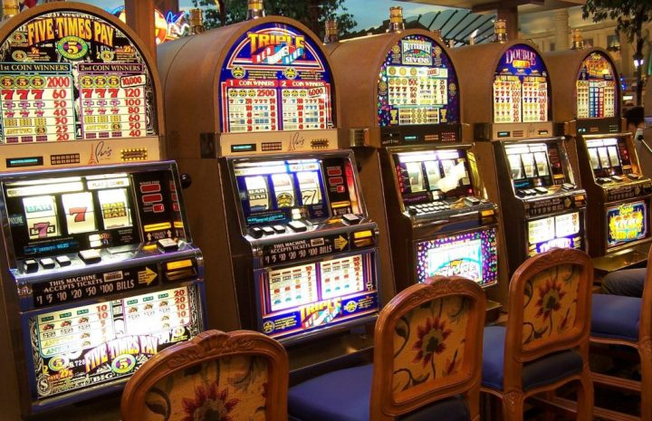 Gambling And Love - How They Are The Same